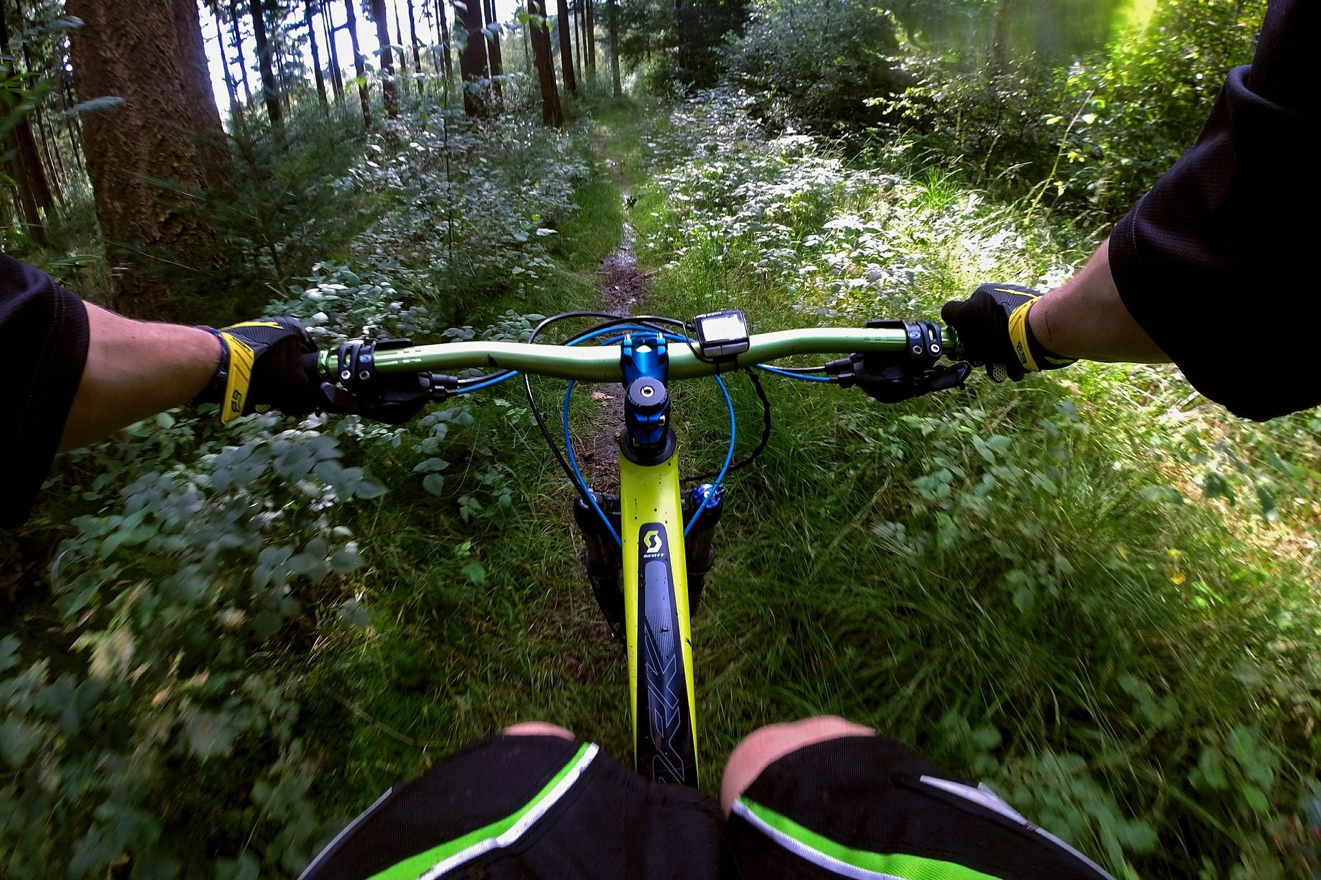 mountain-bike-539470_1920